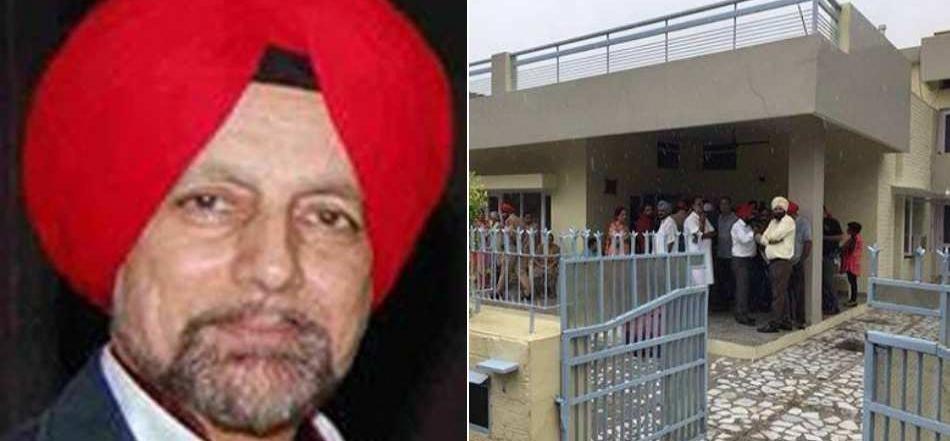 मोहाली में सीनियर जर्नलिस्ट केजे सिंह और उनकी मां का शव मिला, हत्या की आशंका