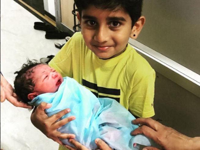 तीसरी बार पिता बने क्रिकेटर मुरली विजय, शेयर की फोटो