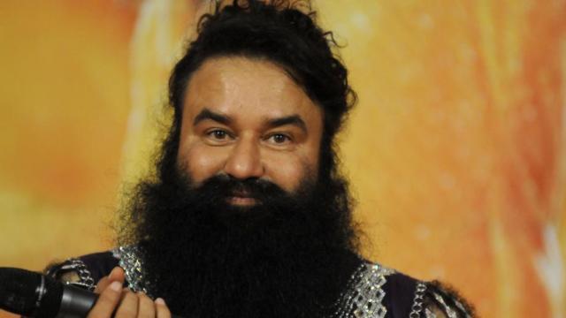 जेल में पटाखों की गूंज से बेचैन नजर आया गुरमीत राम रहीम