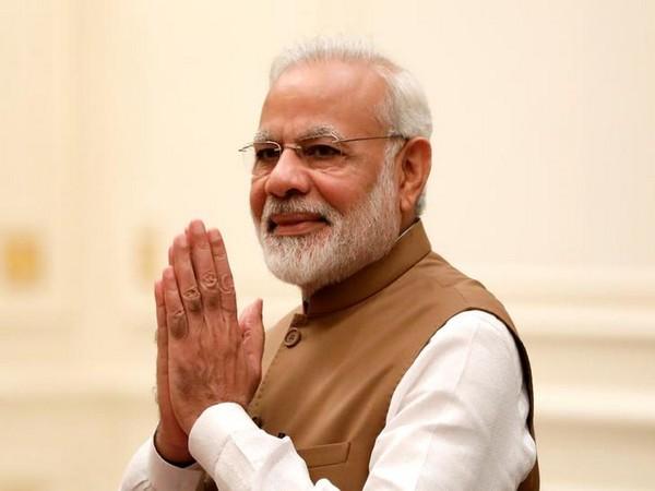 पीएम मोदी भारतीय राजनीति की सबसे लोकप्रिय हस्ती: सर्वे
