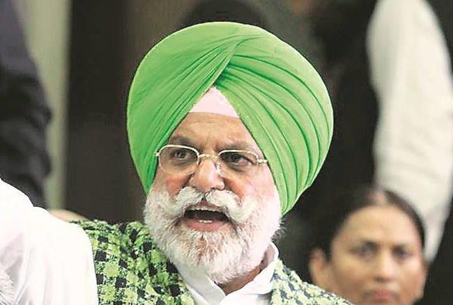 पंजाब: कैबिनेट मंत्री राणा गुरजीत सिंह का इस्तीफा, रेत खनन नीलामी केस में घिरे