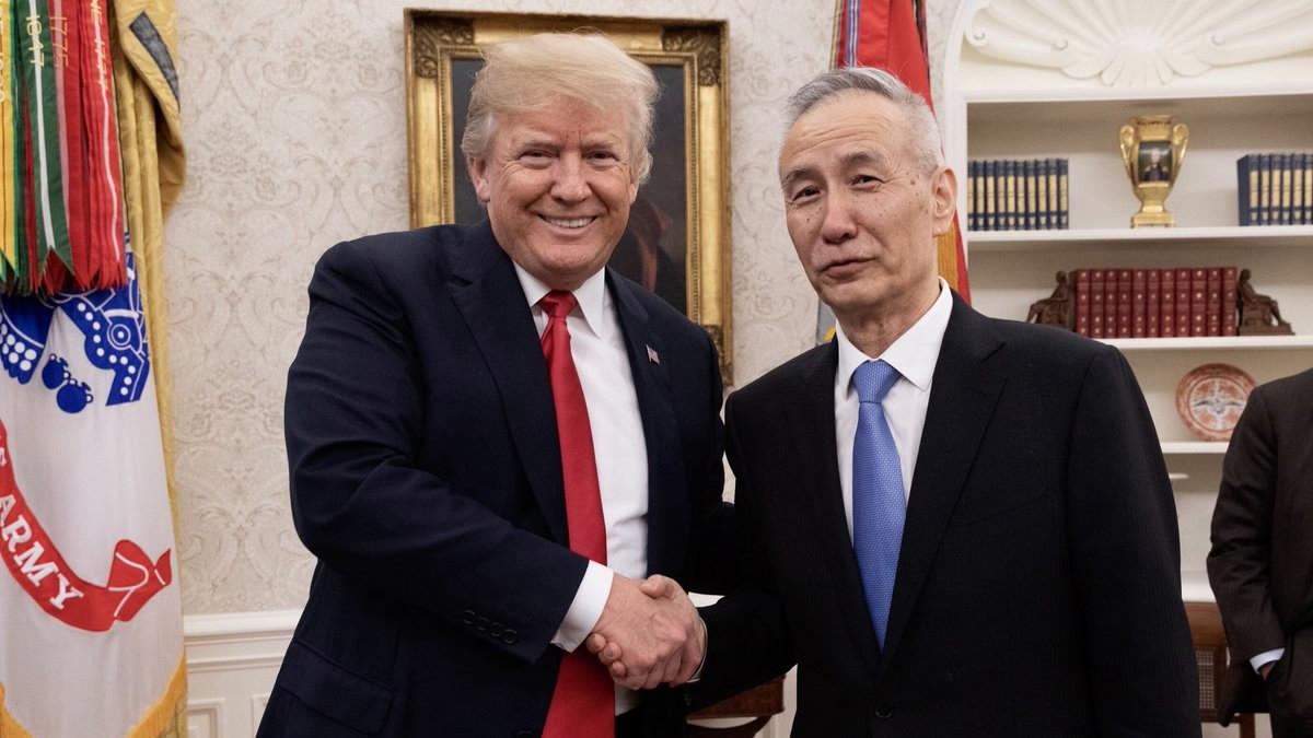अमेरिकी राष्ट्रपति ने चीन के खास दूत लिऊ हे से की मुलाकात