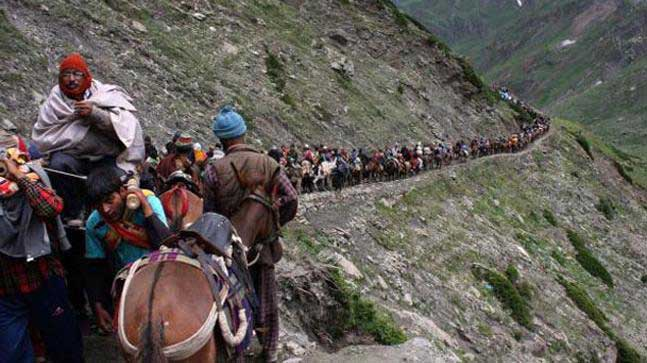 बारिश की वजह से रोकी गई अमरनाथ यात्रा, बालटाल मार्ग पर भूस्खलन से 5 श्रद्धालुओं की मौत
