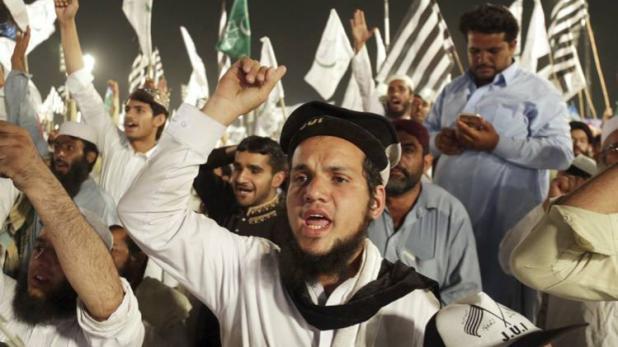 पाकिस्तान के राजनीतिक दलों ने जारी किया घोषणापत्र, कश्मीर को किया नजरअंदाज