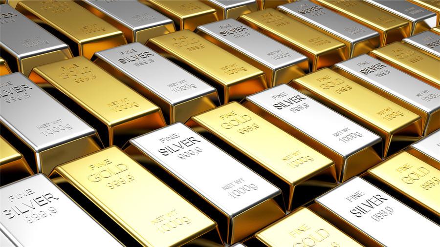 सोना-चांदी के दामों में बड़ी गिरावट, पिछले 6 महीने में हुआ सबसे सस्ता