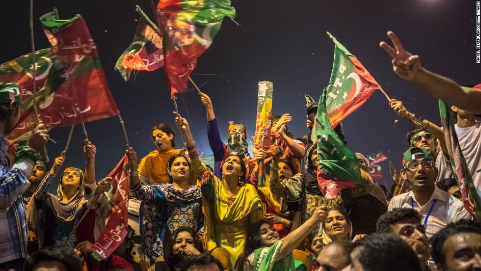 पाकिस्तान चुनाव में गूंज रहा मोदी का नाम, घोषणापत्र से कश्मीर का मुद्दा भी गायब