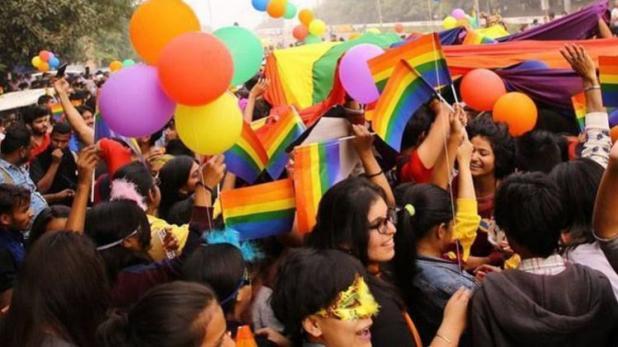 जानें भारत के अलावा किन देशों में समलैंगिक संबंधों को अपराध नहीं माना जाता