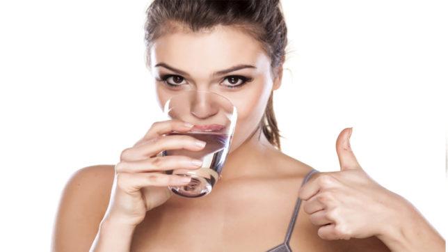 सावधान: ज्यादा पानी पीने से लग सकती हैं ये खतरनाक बीमारियां