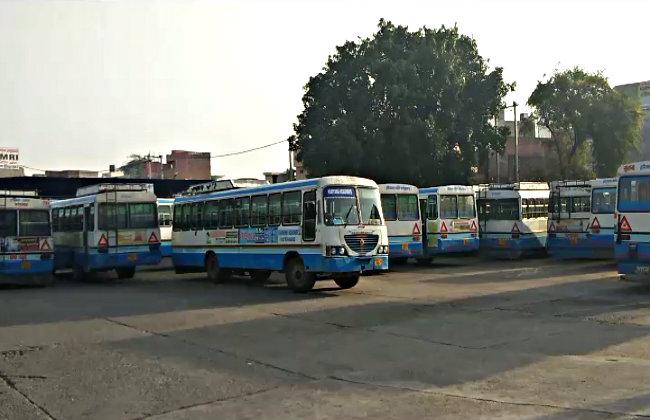22 अक्टूबर तक होगी रोडवेज हड़ताल, बसों को अनट्रेंड चालकों से चलवाने का कर रहे विरोध