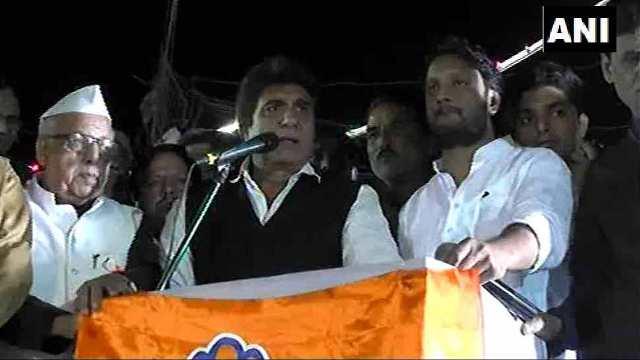 कांग्रेस नेता राज बब्बर के बिगड़े बोल, रुपए से की पीएम मोदी की मां की उम्र से तुलना