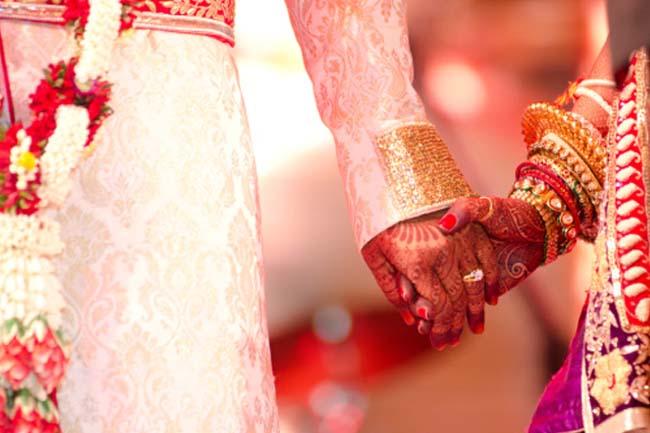 UP: जनवरी और मार्च के बीच होने वाली शादियों पर योगी सरकार का बैन