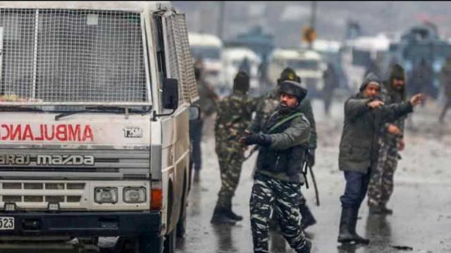पुलवामा हमला : CRPF – 'संकट में फंसे कश्मीरियों के लिए है 'मददगार'