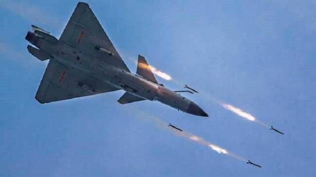पाकिस्तान एयर फोर्स ने अफसरों से कहा, चुनौतियां नहीं हुई हैं खत्म, रहें चौकस
