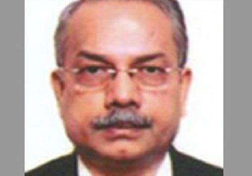 मायावती के करीबी पूर्व IAS अफसर पर IT का छापा,50 लाख रुपये के पेन समेत करोड़ों की संपत्ति जब्त