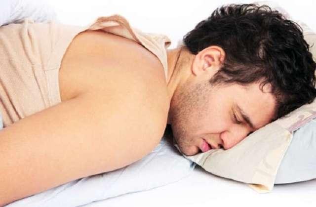 खाली पेट सोने से सेहत को हो सकते है ये नुक्सान
