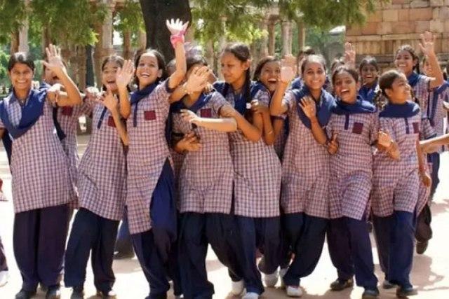 हरियाणा में स्कूली बच्चे करेंगे कान पकड़ कर उठक-बैठक, एक्सरसाइज को दिया सुपर ब्रेन योग का नाम