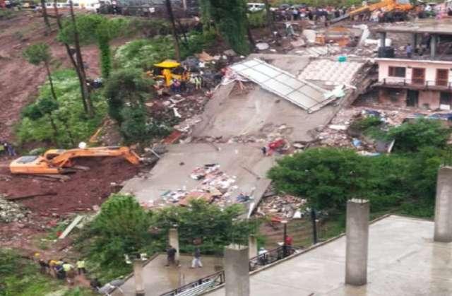 हिमाचल: सोलन में गिरी बिल्डिंग, 3 की मौत, राहत बचाव कार्य जारी