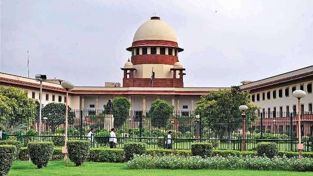 कर्नाटकः इस्तीफा देने वाले विधायकों की याचिका पर सुप्रीम कोर्ट में आज सुनवाई