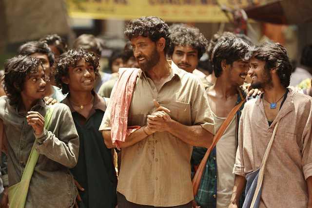 SUPER 30 की शानदार कमाई जारी, बिहार में फिल्म हुई टैक्स फ्री