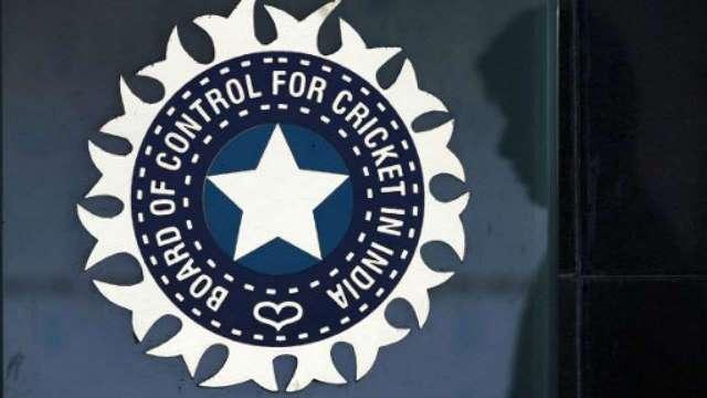 BCCI ने टीम इंडिया के कोच और सहयोगी स्टाफ पद के लिए मांगे आवेदन, शास्त्री का नहीं बढ़ेगा कार्यकाल