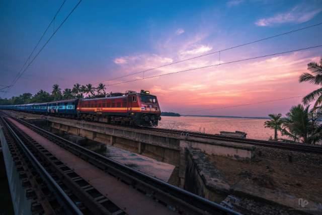 भारतीय रेलवे ने नो बिल, नो पेमेंट का किया फैसला, वेंडर बिल नहीं देगा तो मिलेगा सामान फ्री