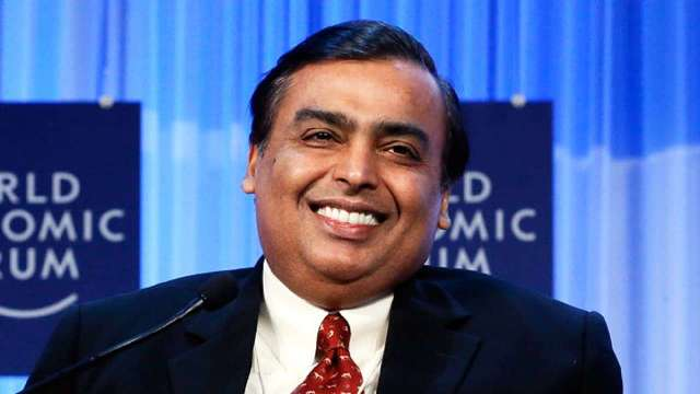 मुकेश अंबानी की नेटवर्थ में हुआ 31595 करोड़ रुपए का इजाफा, अमीरों की सूची में 15वें स्थान पर