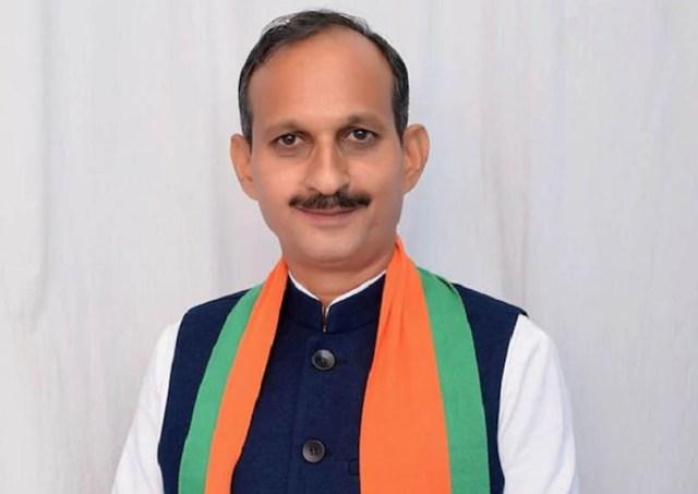 हिमाचल बीजेपी प्रदेशाध्यक्ष सतपाल सत्ती ने बताया कांग्रेस को दिशाविहीन पार्टी