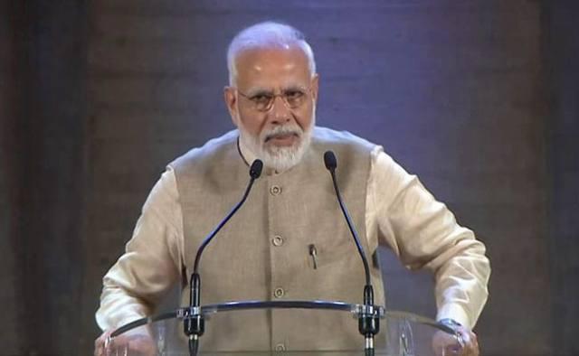 पेरिस में PM मोदी का भारतीय समुदाय को संबोधन, कहा लोकतंत्र के मूल्यों को बचाने में भारत-फ्रांस एकजुट