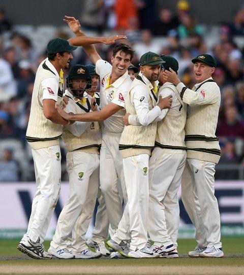 ASHES 2019: ऑस्ट्रेलिया ने इंग्लैंड को 185 रन से हराया, सीरीज में बनाई 2-1 की बढ़त