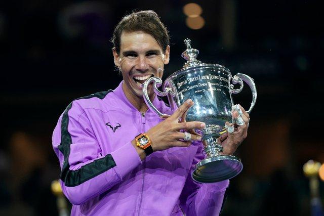 Rafael Nadal बने US ओपन चैंपियन, 5 घंटे तक चले मैच में मेदवेदेव को हराकर जीता 19वां ग्रैंडस्लैम