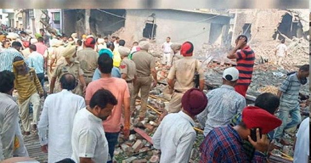 बटाला पटाखा फैक्ट्री ब्लास्ट: पुलिस ने मालिकों के परिवारिक सदस्य रोमी मट्टू के खिलाफ किया केस दर्ज