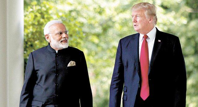 डोनाल्ड ट्रंप ने दिया बड़ा बयान, कहा भारत और पाक के बीच तनाव हुआ कम, अगर दोनों देश चाहे तो मैं...