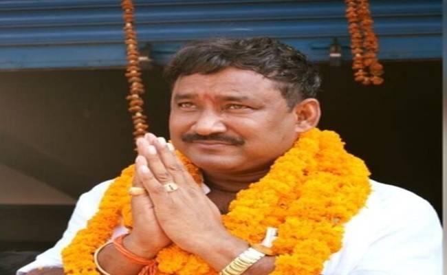 दुष्कर्म मामला: RJD विधायक के खिलाफ कोर्ट ने जारी किया गिरफ्तारी वारंट