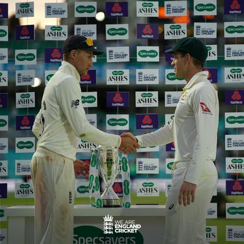 ASHES-2019: इंग्लैंड ने आखिरी मैच 135 रनों से जीता, सीरीज 2-2 से ड्रॉ, ब्रॉड प्लेयर ऑफ द सीरीज