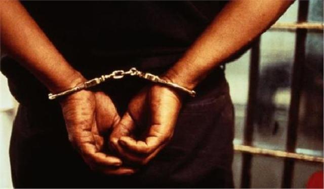 सजा सुनते ही आरोपी ने किया कोर्ट में ऐसा काम कि हर कोई रह गया भौचक्का