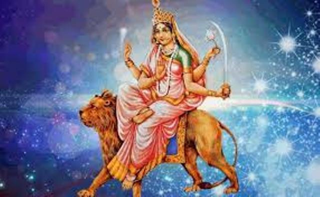 NAVRATRI 2019: छठे दिन होती है माँ कात्यायनी की पूजा, होती है अर्थ, धर्म, काम, मोक्ष की प्राप्ति