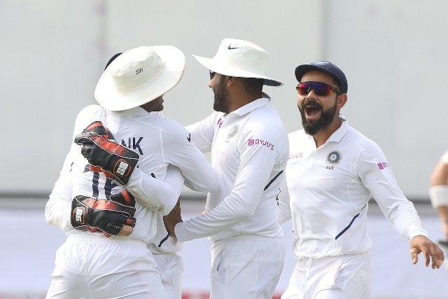 IND vs SA: भारत ने एक पारी और 137 रनों से जीता पुणे टेस्ट, रचा इतिहास
