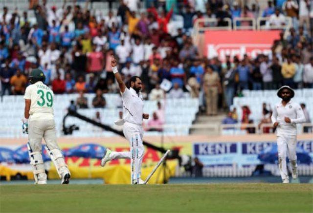 IND VS SA: सीरीज क्लीन स्वीप करने से 2 कदम दूर भारत, अफ्रीका के दूसरी पारी में गिरे 8 विकेट