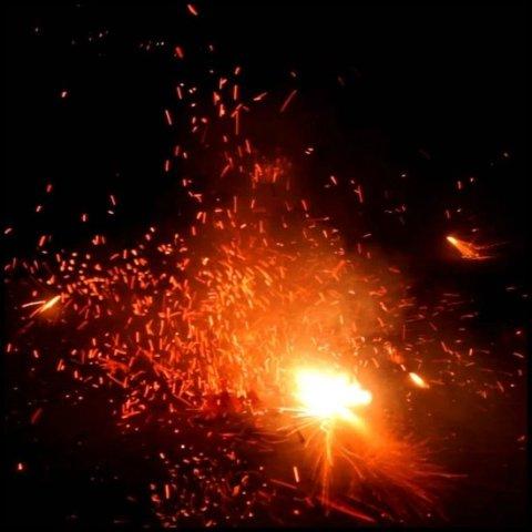 दिवाली पर सुप्रीम कोर्ट का आदेश, सिर्फ ग्रीन पटाखों के इस्तेमाल की मंजूरी