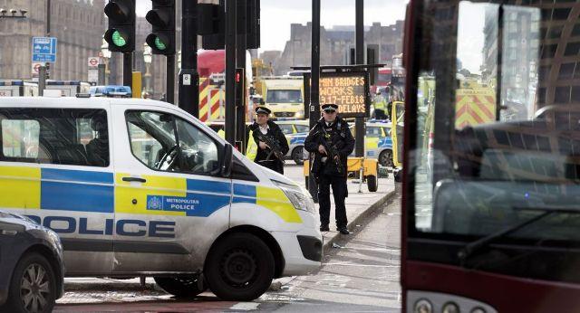 लंदन: कंटेनर में 39 लोगों के शव मिलने से सनसनी, लॉरी ड्राइवर गिरफ्तार