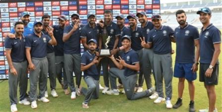 देवधर ट्रॉफी पर इंडिया बी का कब्जा, शाहबाज नदीम ने झटके 4 विकेट