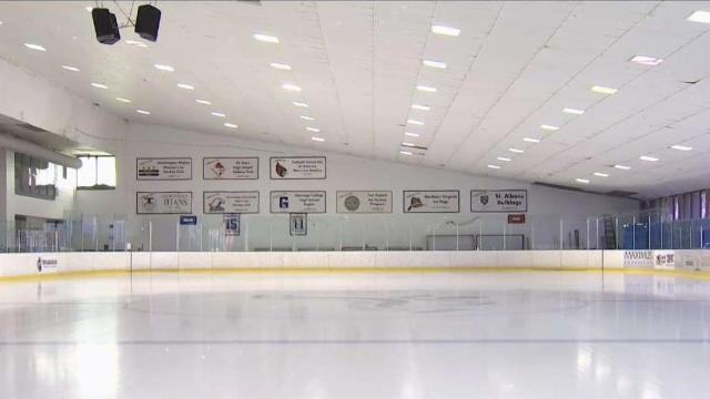हिमाचल के कुल्लू में बनेगा देश का पहला आईस स्केटिंग हॉकी स्टेडियम