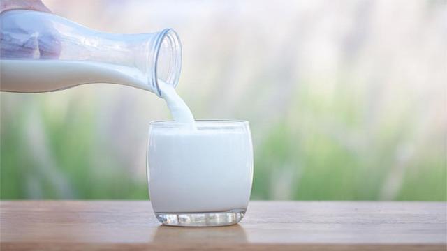 हिमाचल में दूध हुआ 2 रुपये प्रति लीटर महंगा, साल में दूसरी बार बढ़े दाम