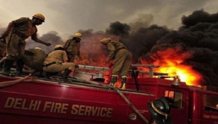 दिल्ली के रानी झांसी रोड की अनाज मंडी में लगी भीषण आग, 43 लोगों की मौत