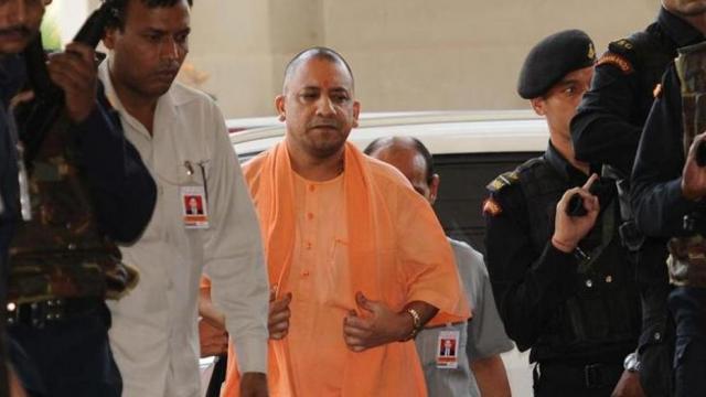 CM योगी के आने से पहले नहीं होगा उन्नाव रेप पीड़िता का अंतिम संस्कार, परिवार अड़ा