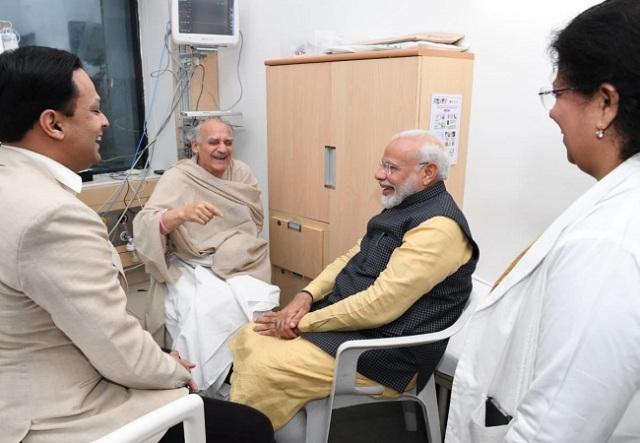 पुणे: हॉस्पिटल में भर्ती अरुण शौरी से पीएम मोदी ने लिया हालचाल