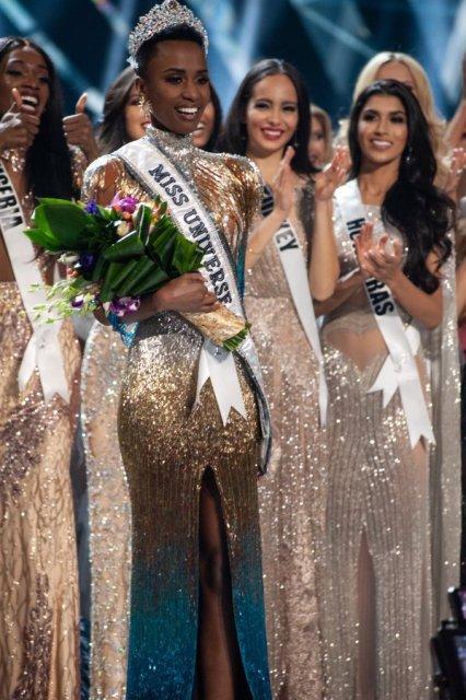 दक्षिण अफ्रीका की जोजिबिनी टूंजी को मिला साल 2019 के मिस यूनिवर्स खिताब