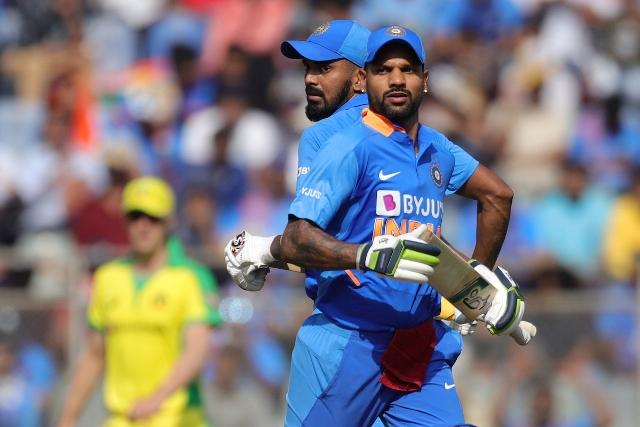 भारत हुआ 255 रनों पर ऑलआउट, स्टार्क ने झटके 3 विकेट