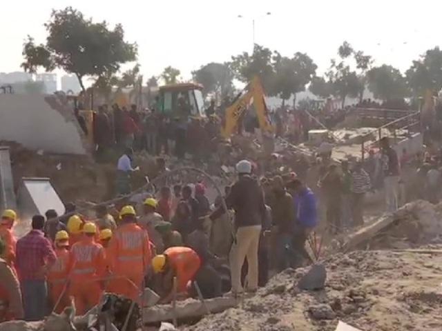 पंजाब: मोहाली में तीन मंजिला इमारत ढही, कई के फंसे होने की आशंका