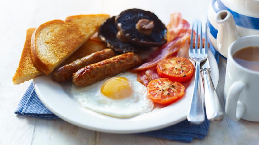 हेल्दी रहना है तो नाश्ते में खाएं ये चीजें...